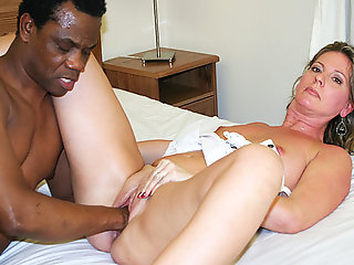 sexy moms first interracial fisting lesson